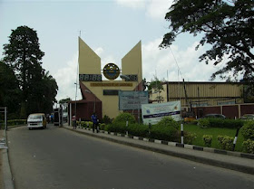 Unilag goes on strike for two weeks.. Alumni threatens to sue FG.